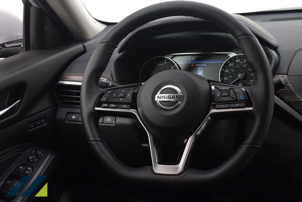 New 2019 Nissan Altima 2.0 Platinum