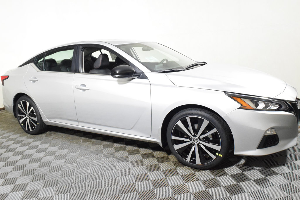 New 2019 Nissan Altima 2.5 SR Sedan