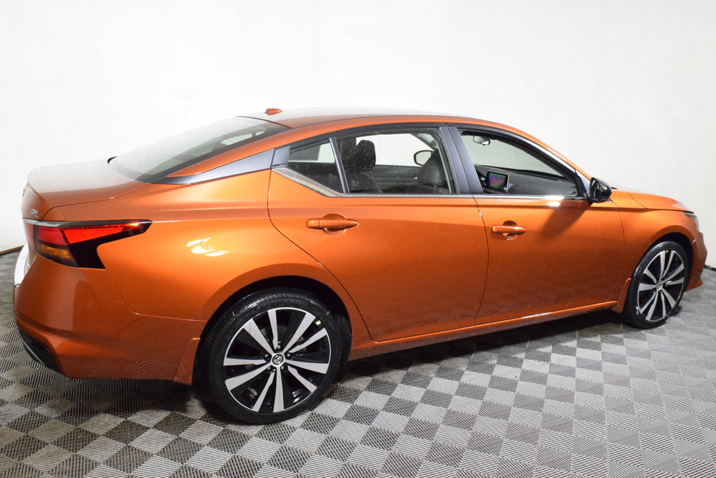 New 2019 Nissan Altima 2.5 SR AWD Sedan