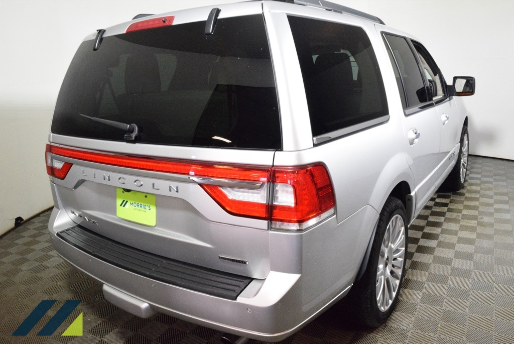 Pre-Owned 2016 Lincoln Navigator Select