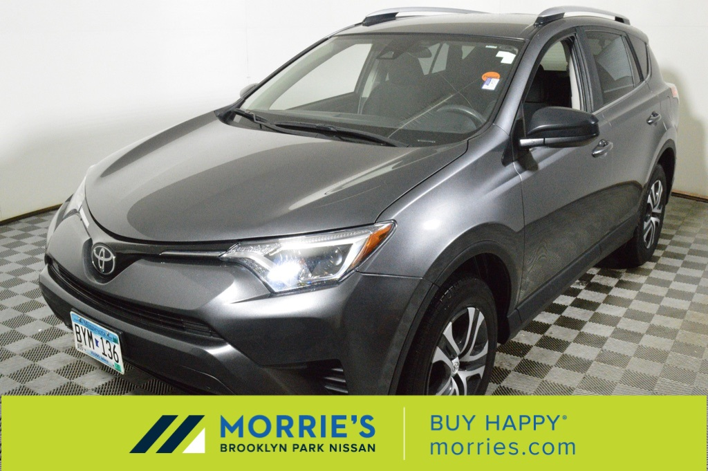 Toyota Brooklyn Park >> Pre Owned 2018 Toyota Rav4 Le Awd